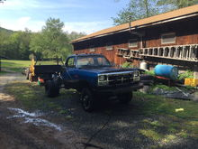"""My project truck 1989 w350. Sitting on a power wagon 400 frame, 2 one ton spring packs in the back and 4 inch lift springs in the front to level it out. Sitting on 6 33"""" bfg mud terrain km2s"""