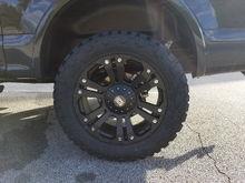 Husky wheel liners & Fox 2.0 Shocks