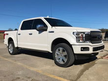 """2"""" Rough Country Leveling Kit."""
