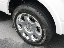 "Wheel & Tire Pic (20"")"