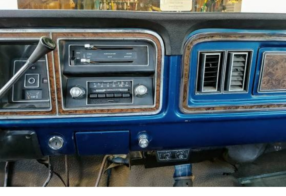 76 Custom or XLT HELP!!! - Ford Truck Enthusiasts Forums