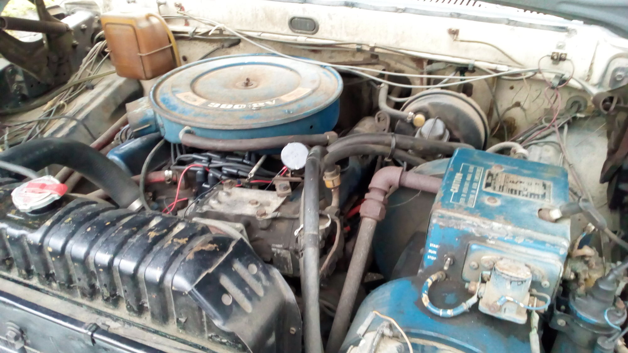 Good wheels and tires factory install camping generator radio motor runs and transmission shifts and stays in all gears work however gasket needs to be