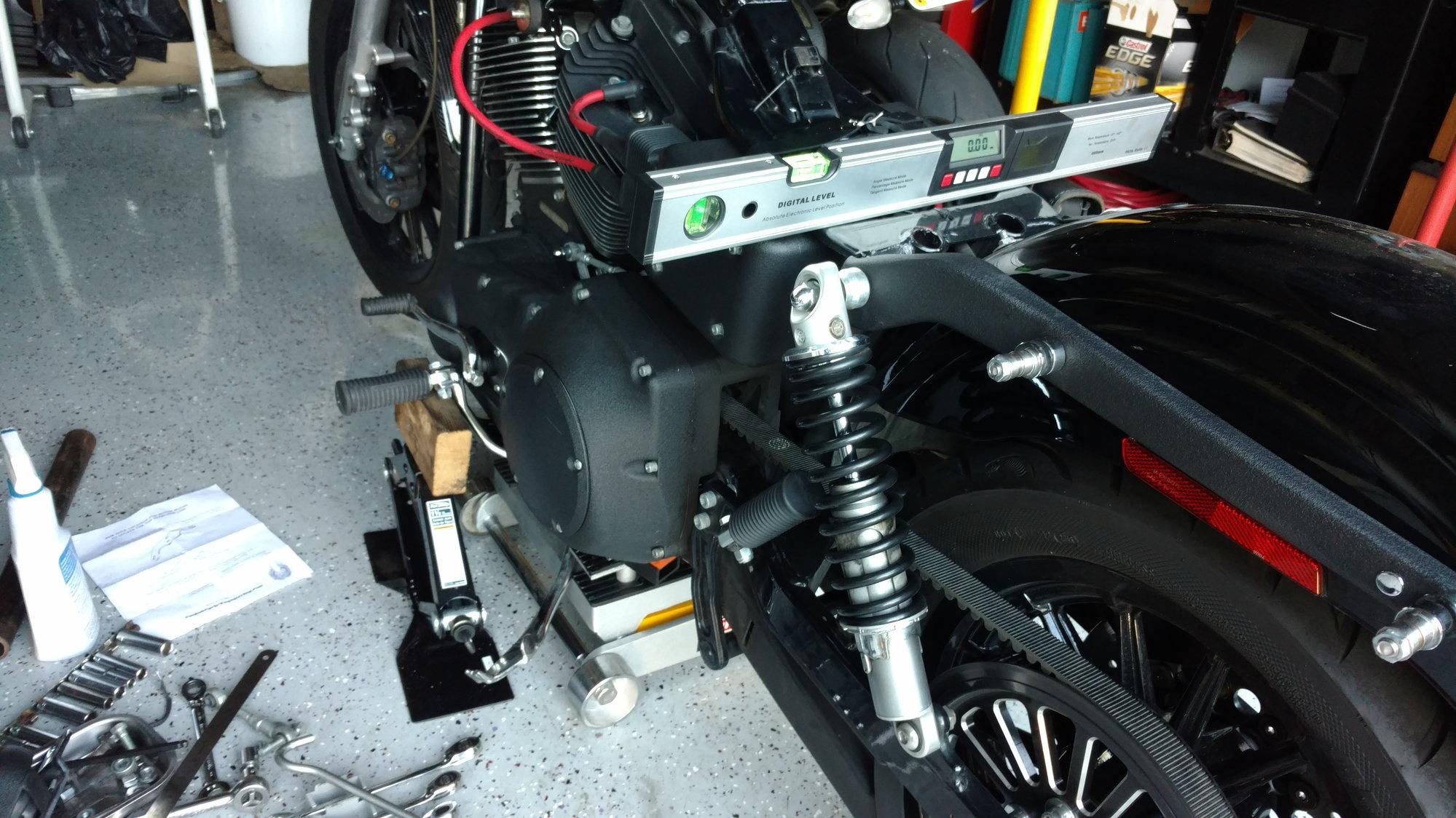 Custom Cycle Engineering Top Mount - Harley Davidson Forums