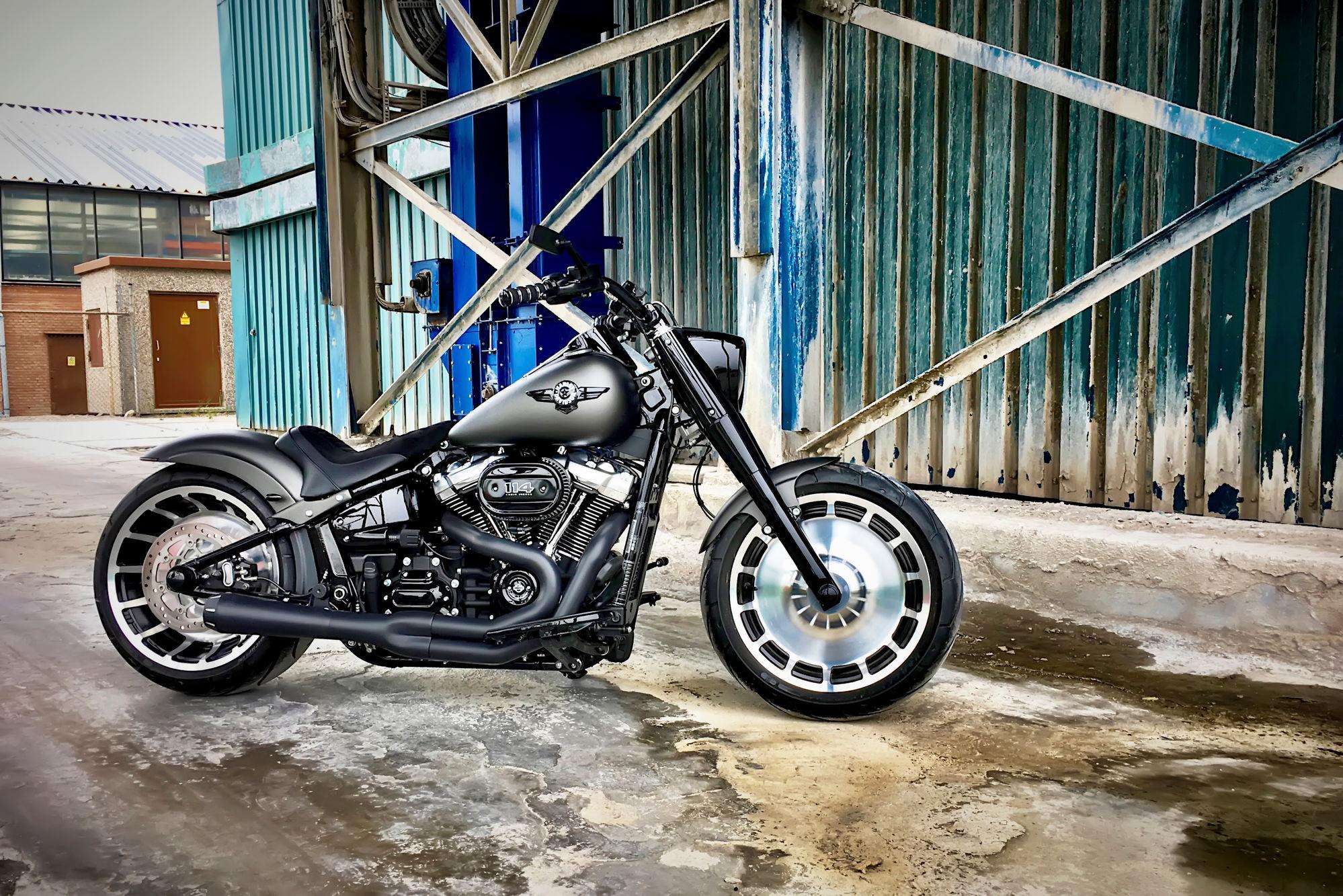 2018 Custom Red Fat Boy S - Page 4 - Harley Davidson Forums