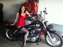 2012 03 30 001 004... this is my ole lady on my fxdb....