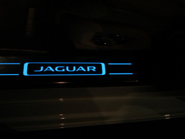How To Install Illuminated Door Sill Tread Plates Jaguar