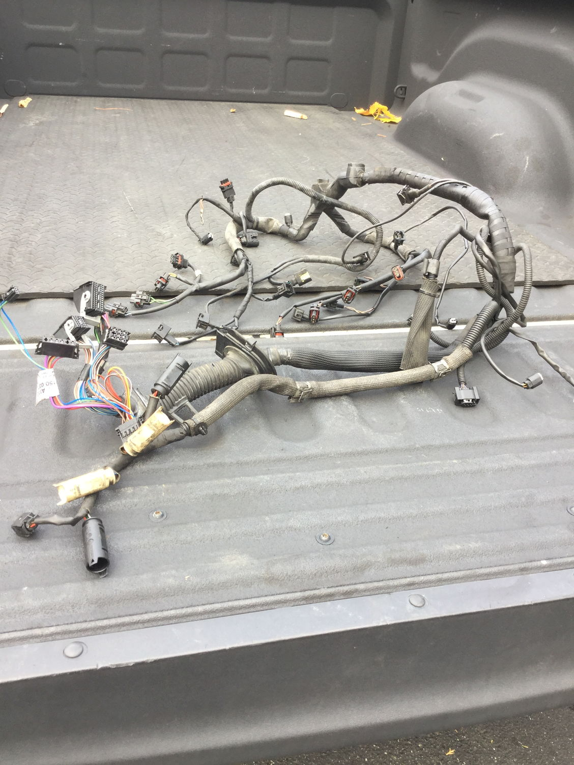 05 e55 engine wiring harness pistons  rods oil pump coils Engine Wiring Harness Ford Wiring Harness Kits