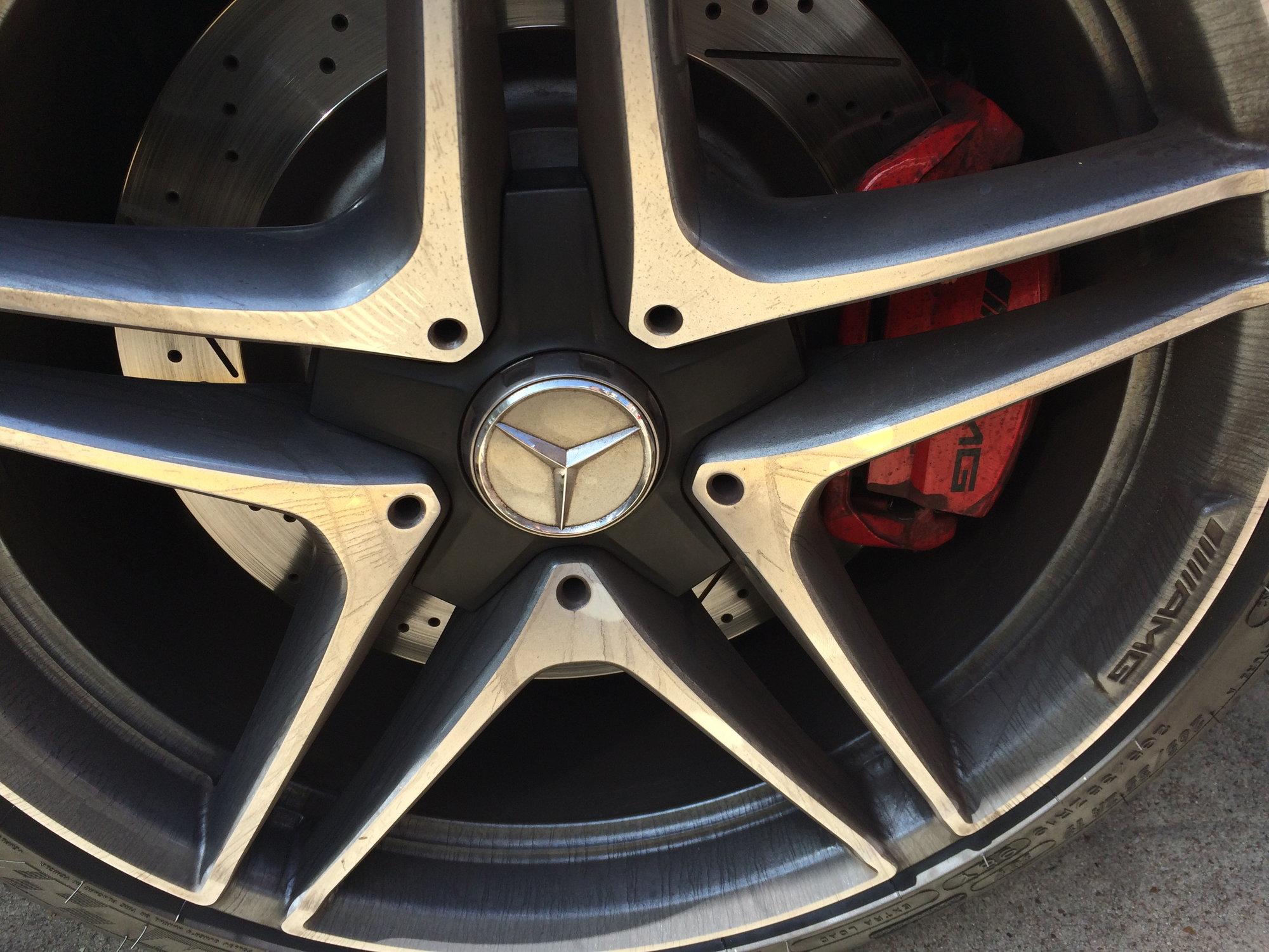 Center Caps Lug Bolt Covers Set MERCEDES /& AMG wheels