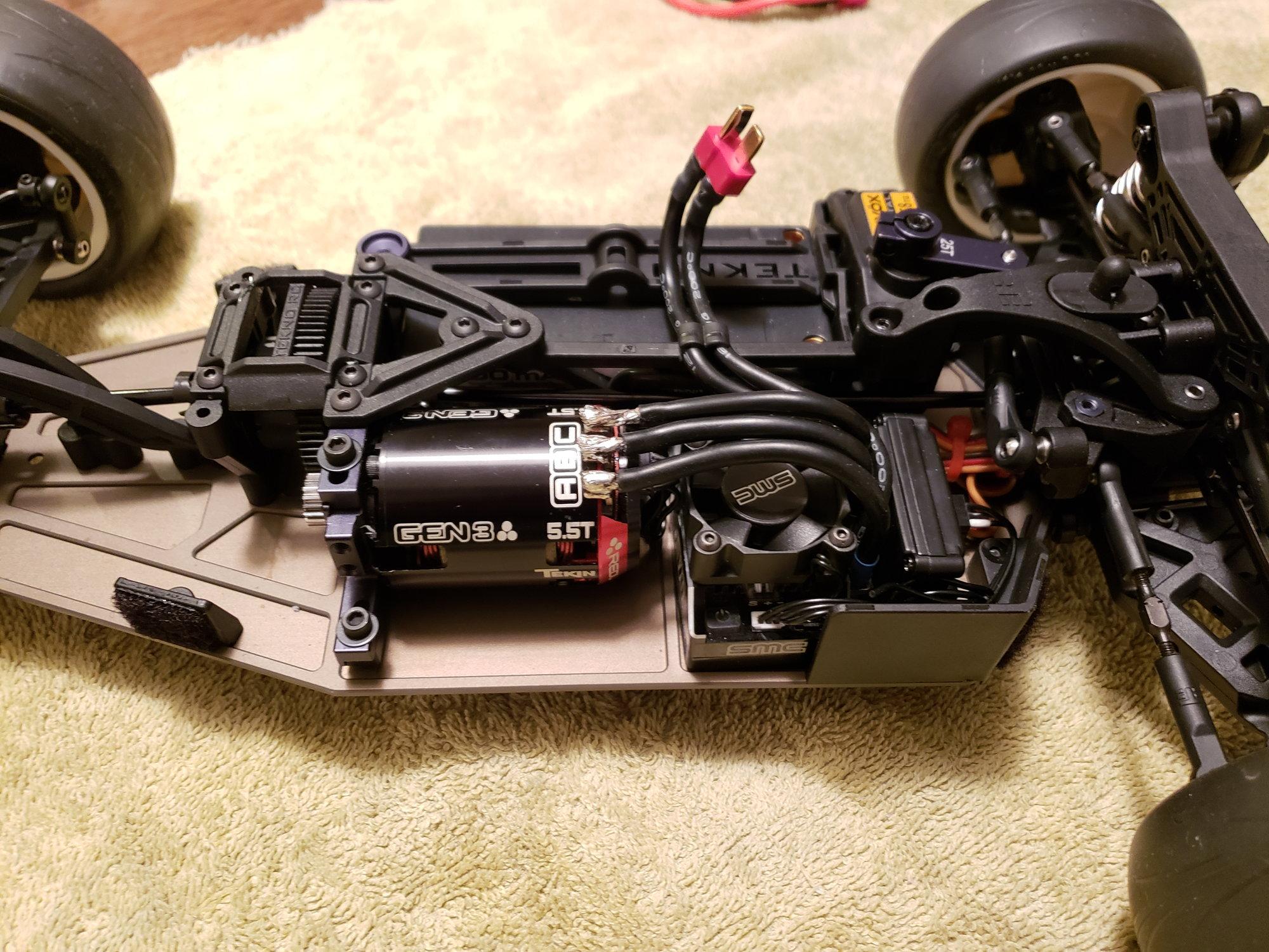 "EB410 Trinity 1 pair Aluminum /""0/"" Deg Rear Hubs"