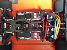 Using twin battery monitors as the esc can't monitor individual cell voltage when running batteries in series.