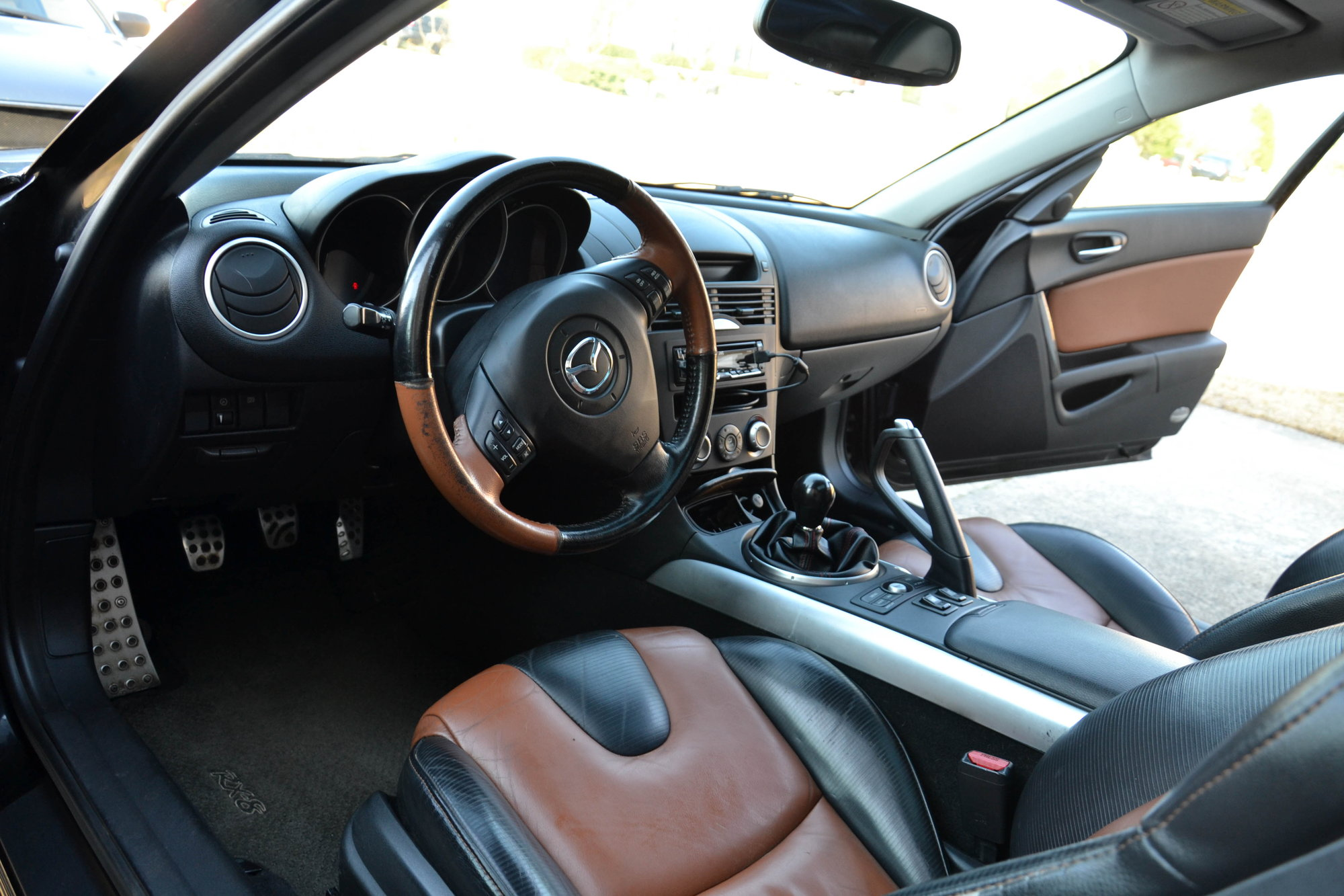 Aftermarket radio & steering wheel buttons - RX8Club com