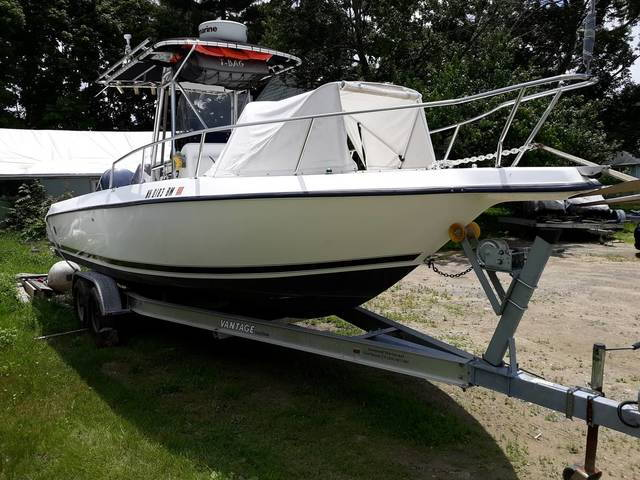 1999 Century 2600 Center Console ***SOLD*** - The Hull Truth