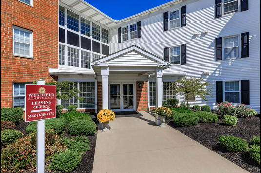Westfield Apartments Review - 3949152 | Westlake, OH ...