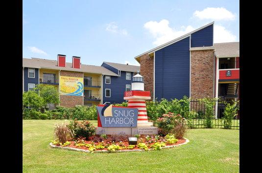Ordinaire Image Of Snug Harbor In Dallas, TX