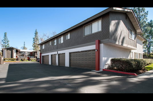 ReNew Redlands - 76 Reviews | Redlands, CA Apartments for