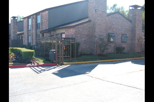 Image Of Huntington Green Apartments In Houston Tx