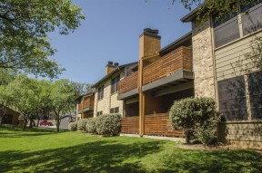 Aria Apartment Homes