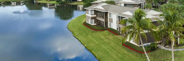 Iona Lakes Apartments