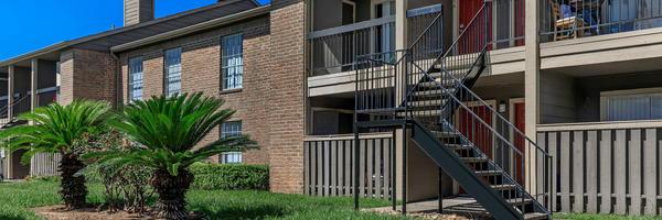 Synott Square Apartments