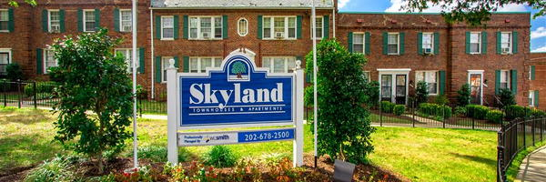 Skyland Apartments