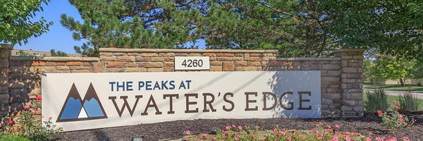 Peaks at Waters Edge
