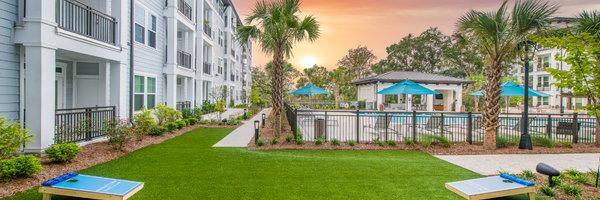 Overture Daniel Island Apartments