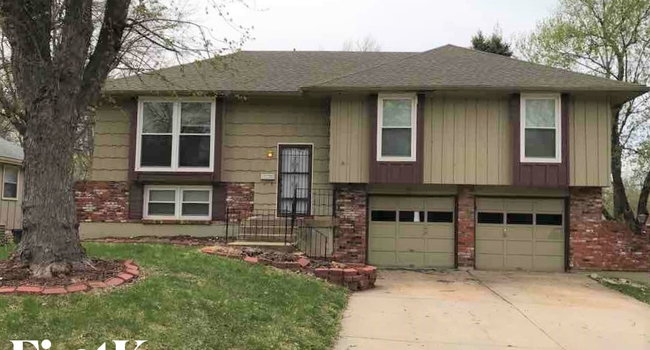 Image of 8313 E 104th Terrace in Kansas City, MO