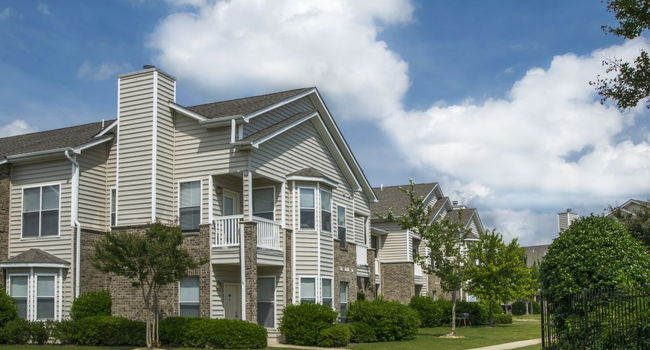 Waterford Place Apartment Homes - 184 Reviews | Memphis, TN