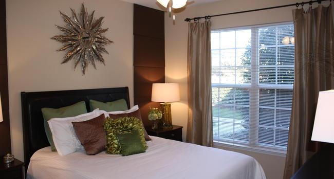 The Reserve Greensboro >> Reserve At Bridford 99 Reviews Greensboro Nc Apartments For