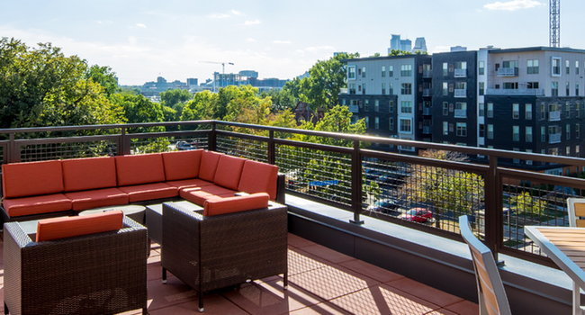 The Knoll 11 Reviews Minneapolis Mn Apartments For Rent Apartmentratings C