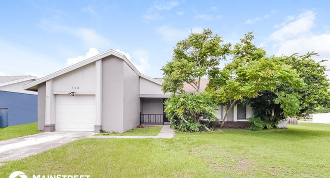 Image of 713 E Flag Way in Kissimmee, FL