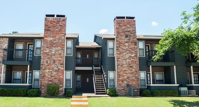 La Colina Apartments 170 Reviews Denton Tx Apartments For Rent Apartmentratings C