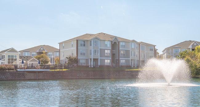 Groovy Bridgewater On The Lake Apartments 269 Reviews Hampton Interior Design Ideas Jittwwsoteloinfo