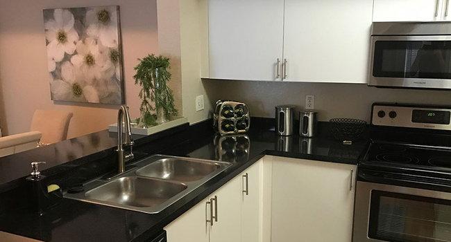 Plantation Gardens Apartments - 117 Reviews | Pinellas ...
