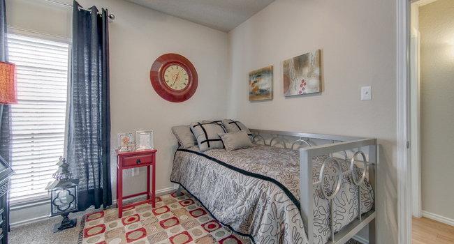 Excellent Spring Pointe Apartments 144 Reviews Richardson Tx Download Free Architecture Designs Momecebritishbridgeorg