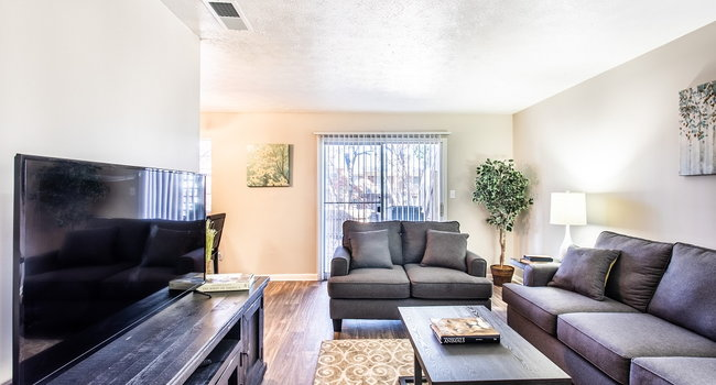 Image Of Watersedge Apartments In Denton Tx