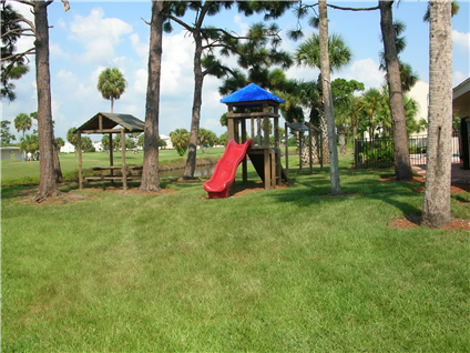 Courtyard on the Green - 57 Reviews | Melbourne, FL Apartments for ...