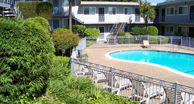 Image Of Marin Royal Apartments In Corte Madera Ca