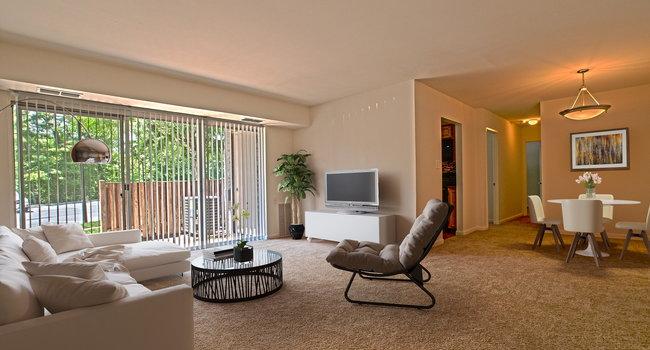 Image Of Woodside Apartments In Glen Burnie, MD