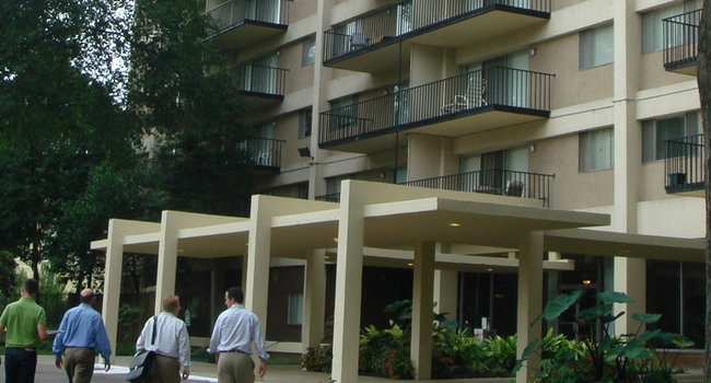 Image Of Central Gardens Apartments In Memphis Tn