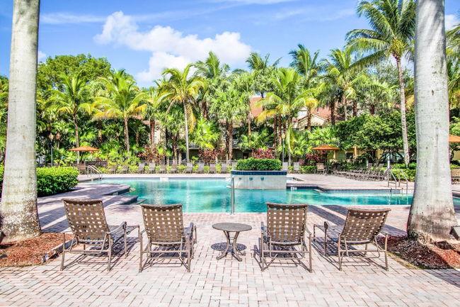 Promenade At Wyndham Lakes Apartments 50 Reviews Coral