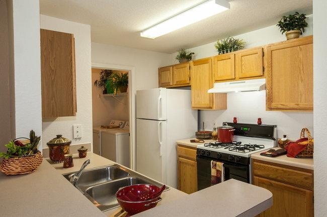 Villages On Millenia Boulevard 67 Reviews Orlando Fl