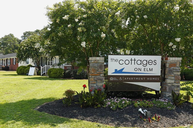 The Cottages On Elm - 117 Reviews | Fayetteville, NC Apartments for
