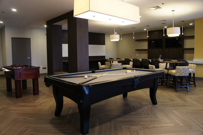 Cityville On Th Reviews Des Moines IA Apartments For Rent - Pool table movers des moines